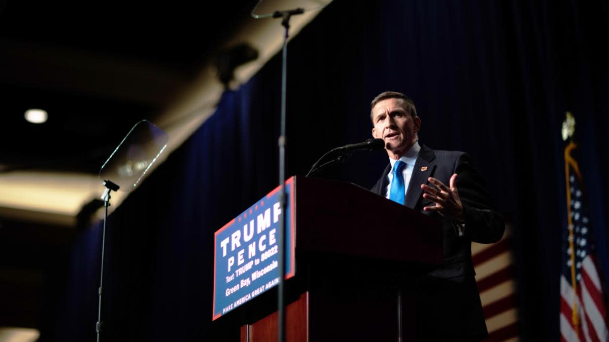 Retired General Mike Flynn at a rally for Donald Trump in Green Bay, Wisconsin, October 17, 2016.