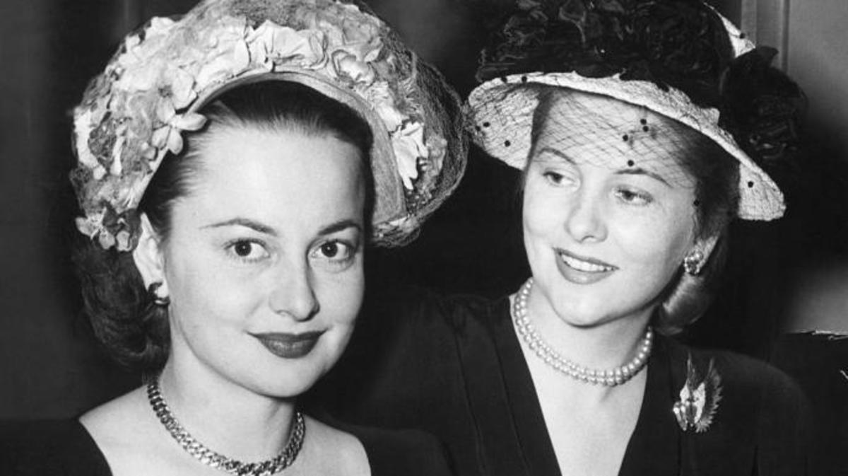 Olivia de Havilland and Joan Fontaine. (Credit: Getty Images)