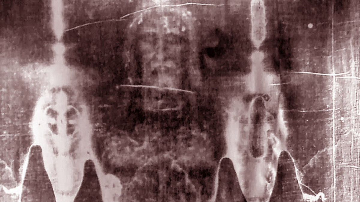Shroud of Turin Isn't Jesus' Burial Cloth, Claims Forensic