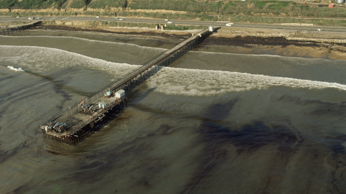 Aerial view of the oil spill off the coast of Santa Barbara, California in 1969. (Credit: Vernon Merritt/The LIFE Picture Collection/Getty Images)