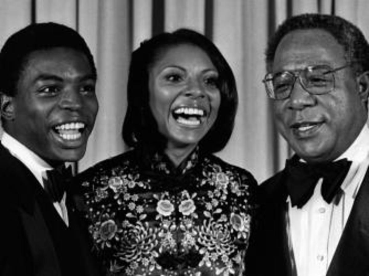 From left to right, LeVar Burton, Leslie Uggams and Alex Haley attend 33rd Annual Primetime Emmy Awards in California. (Credit: Ron Galella, Ltd./WireImage/Getty Images)