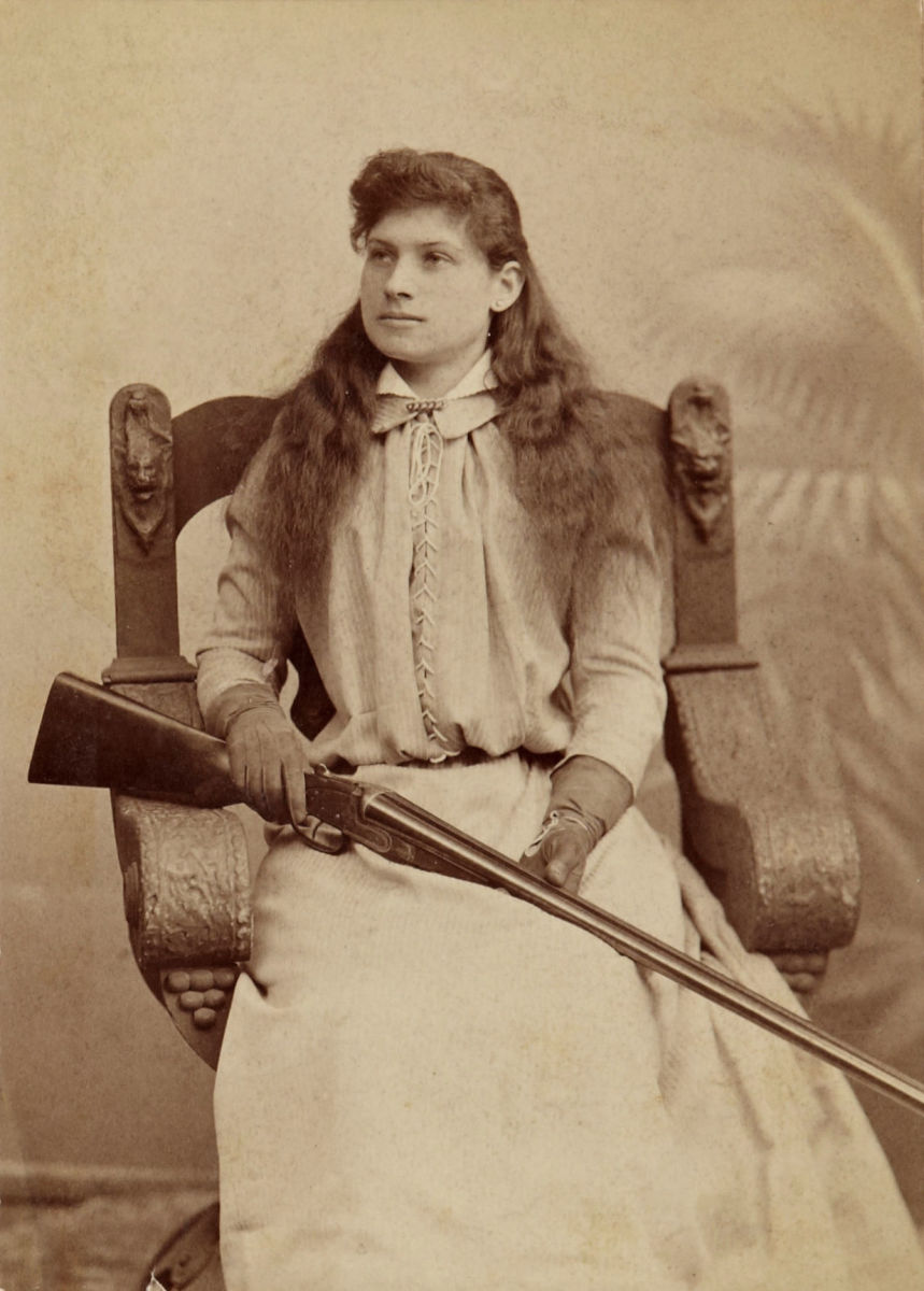 Auctions In Ohio >> Annie Oakley's Gun Sells at Auction - HISTORY