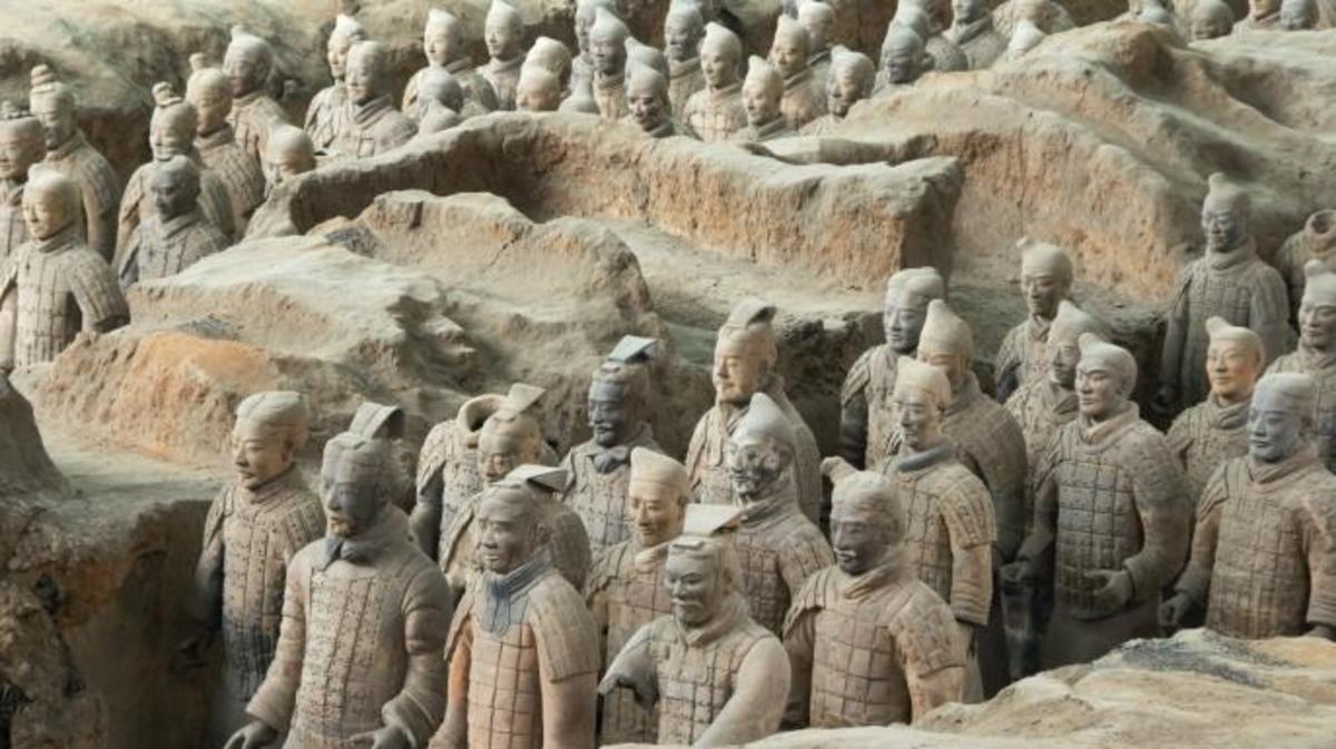 Terra Cotta soldiers in battle formation.
