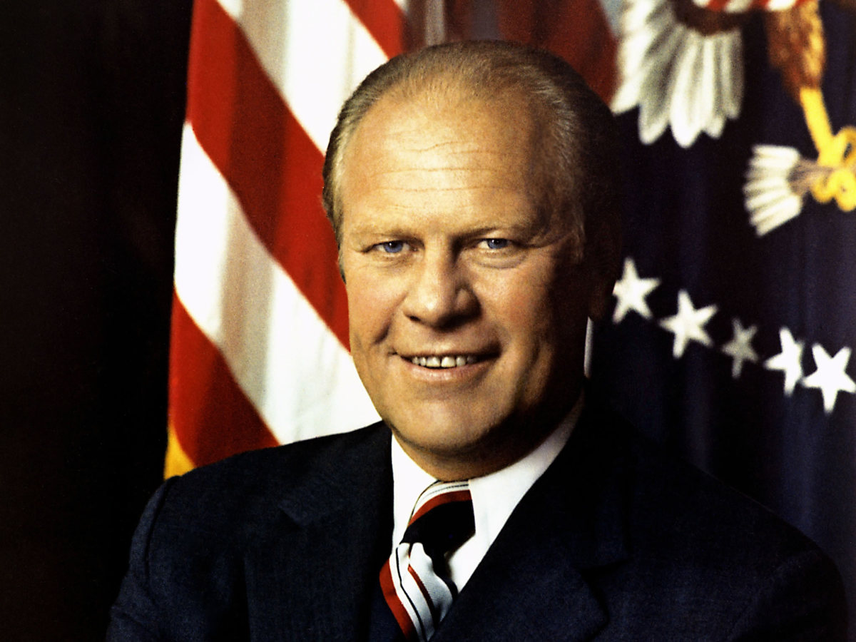 vice president of the united states essay He led the united states during most of world war ii he led by bold action and with a charismatic bill clinton was the second president of the us who was impeached because of the lewinsky he was on the struggle to restrain communism in vietnam in 1960 he was elected as jfk's vice.