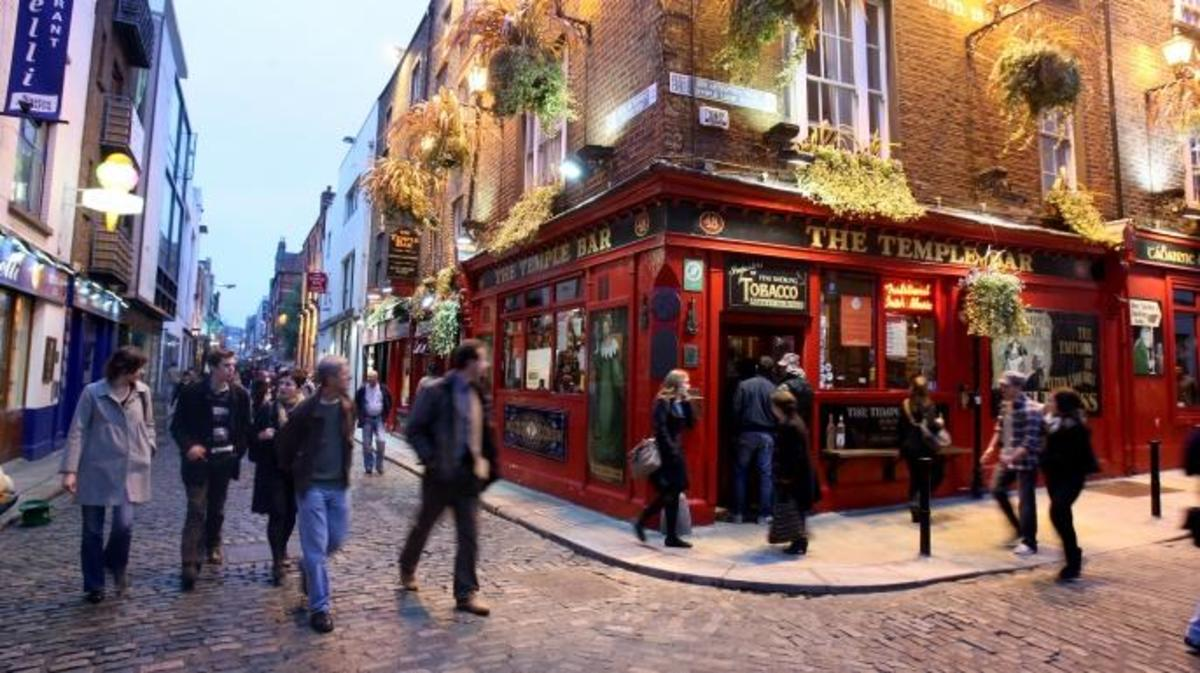 Temple Bar pub in Dublin, Ireland. (Credit: Chris Jackson/Getty Images)