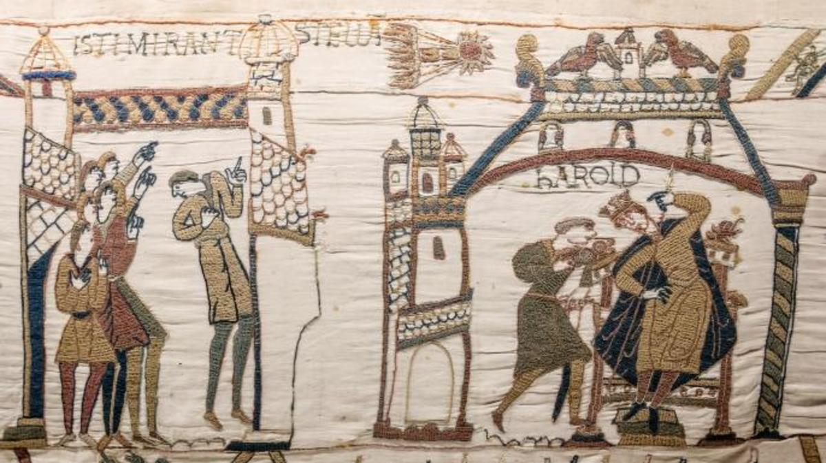 A scene from the Bayeux Tapestry, with Halley's Comet at the center.