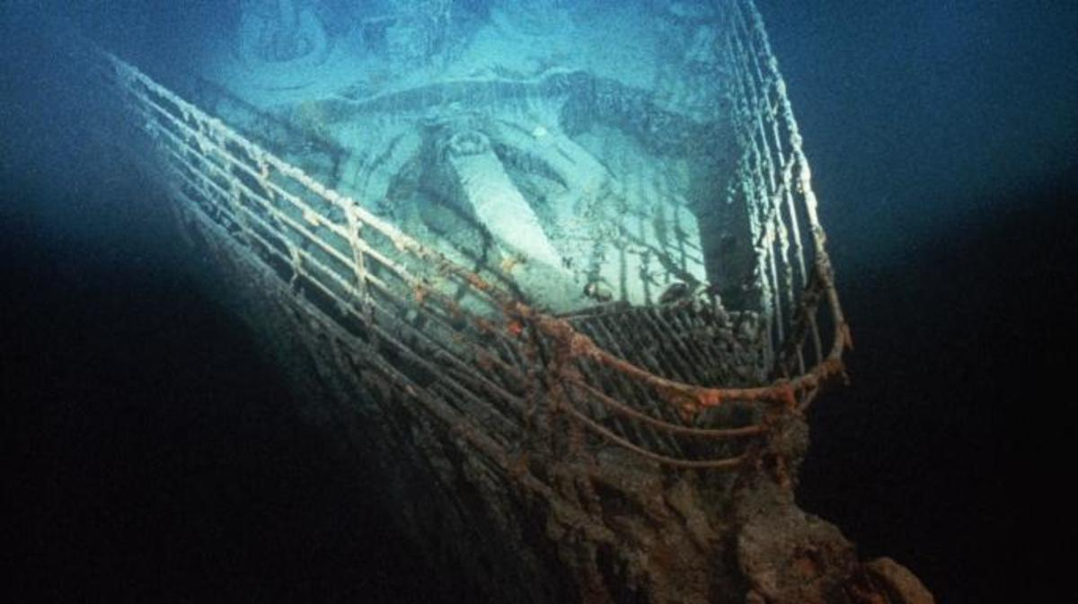 st. john's, newfoundland, 1985, robert ballard, shipwreck, the titanic, the wreckage of the titanic, the bow of the titanic