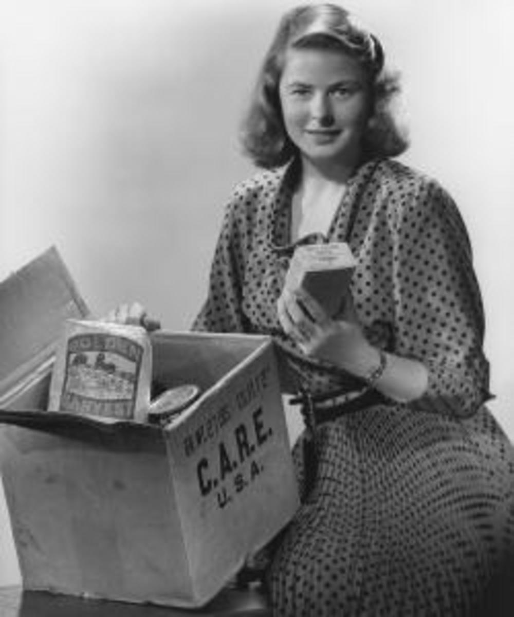 Ingrid Bergman with a CARE Package. (Credit: CARE)
