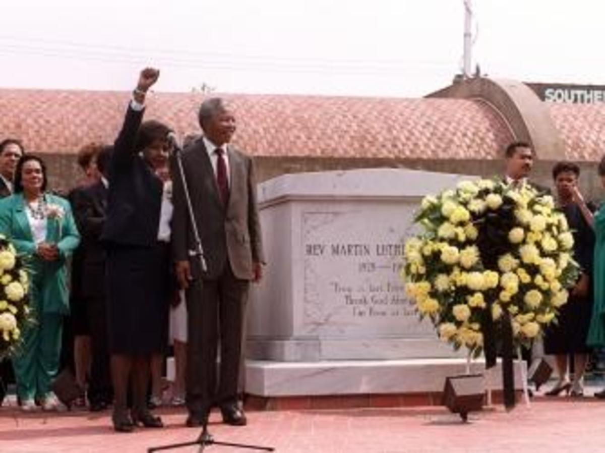 Nelson and Winnie Mandela visit the grave of Martin Luther King Jr. on June 27, 1990.