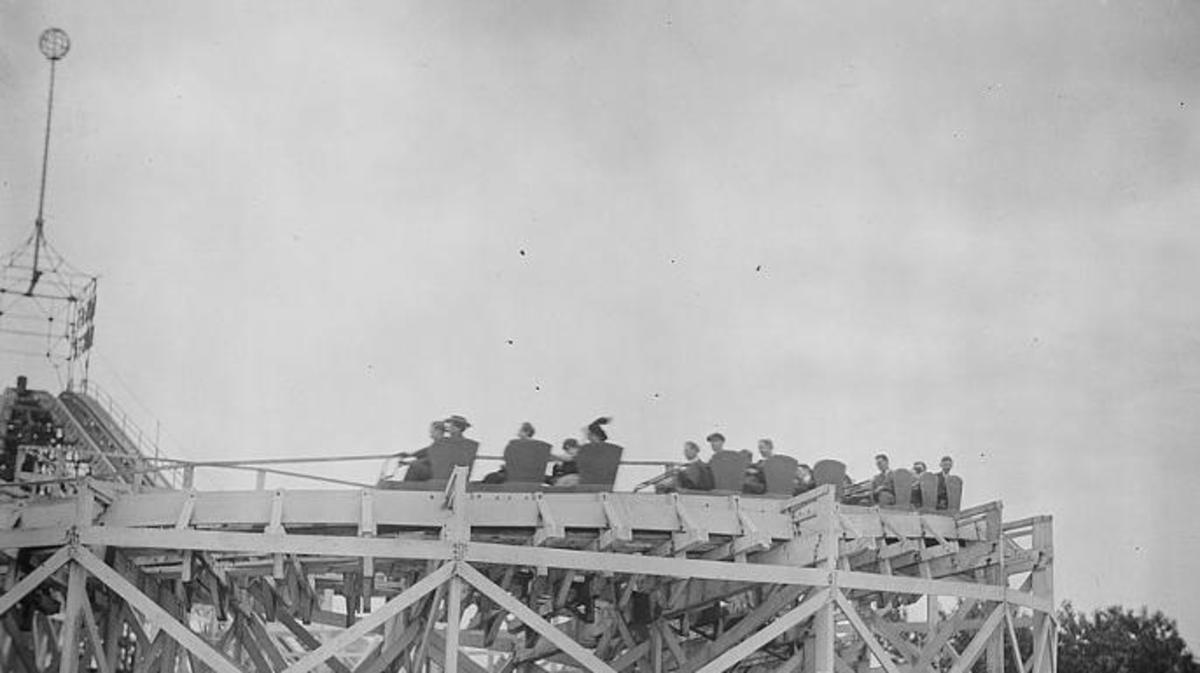 The Deadliest Roller Coaster Accident in America - HISTORY