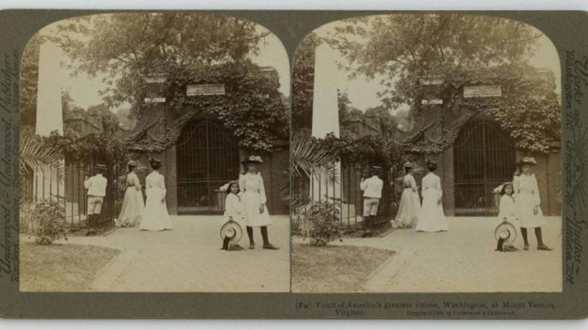 Stereoscopic view of visitors at the new tomb at Mount Vernon, 1904. (Credit: The Washington Library)