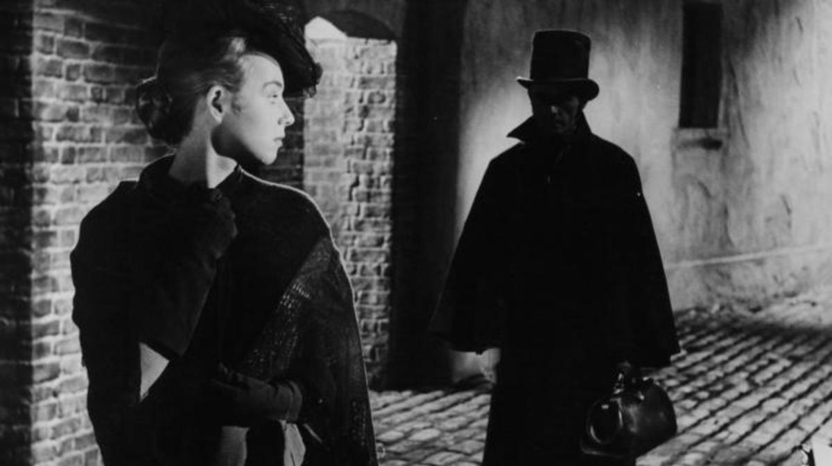 A scene from the film 'Jack The Ripper', 1959. (Credit: Paramount/Getty Images)
