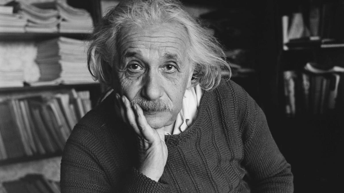 Albert einstein 39 s travel diaries reveal racist comments - Albert einstein hd images ...