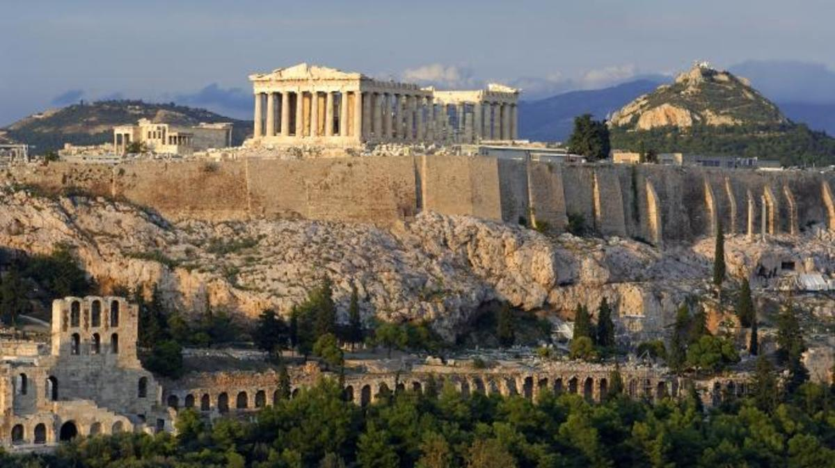 Striking Photos Of Classical Greek Architecture