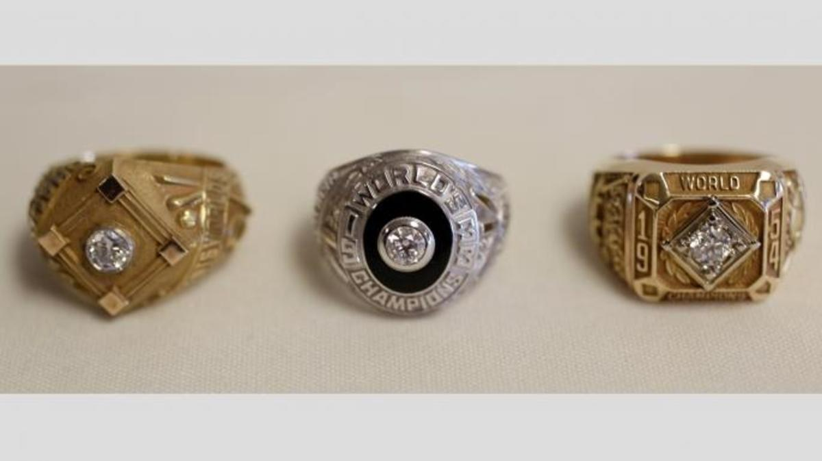 New York Giants World Series championship rings