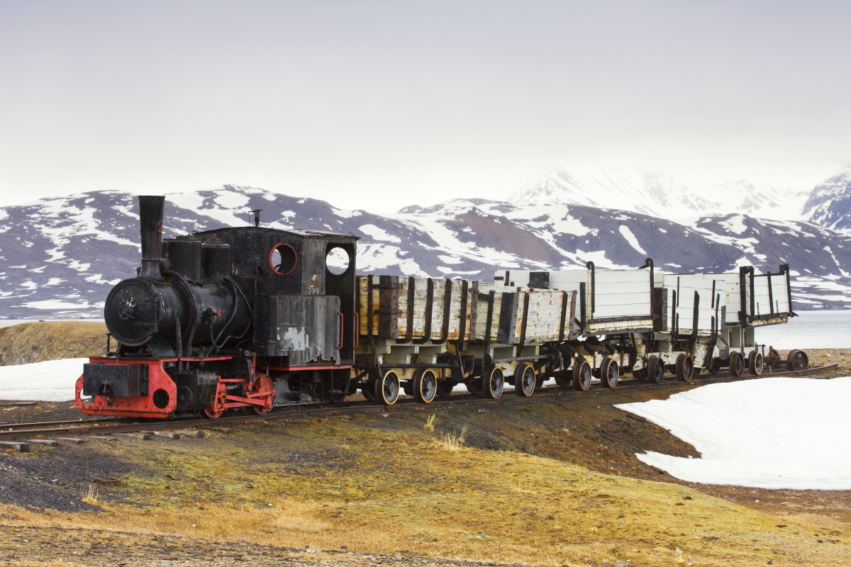 8 Things You May Not Know About Trains - HISTORY
