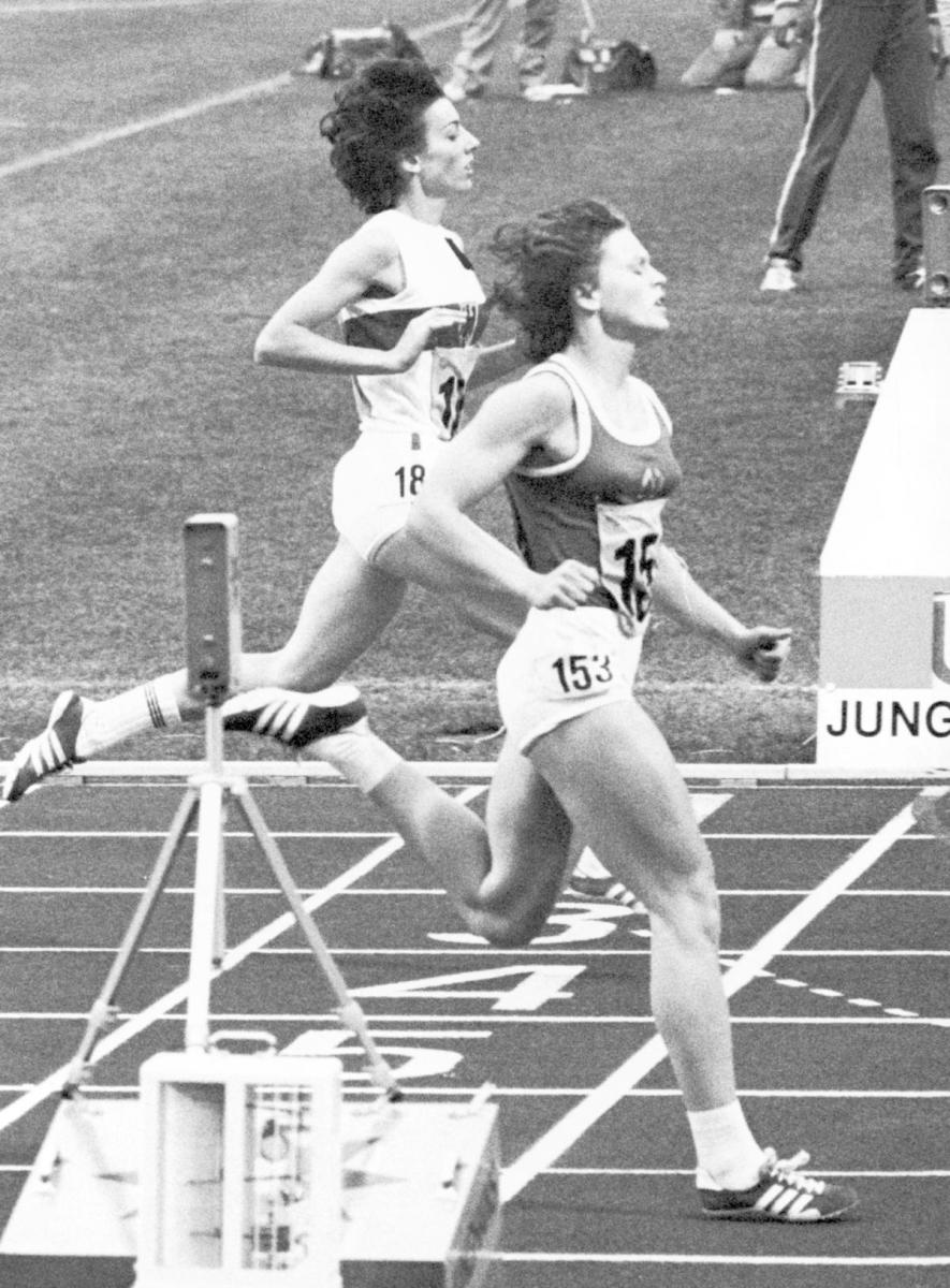 Monika Zehrt (153) of East Germany edging out Rita Wilden of West Germany to win the Women's 400 meter at the summer games in Munich, Germany, 1972. (Credit: AP Photo)