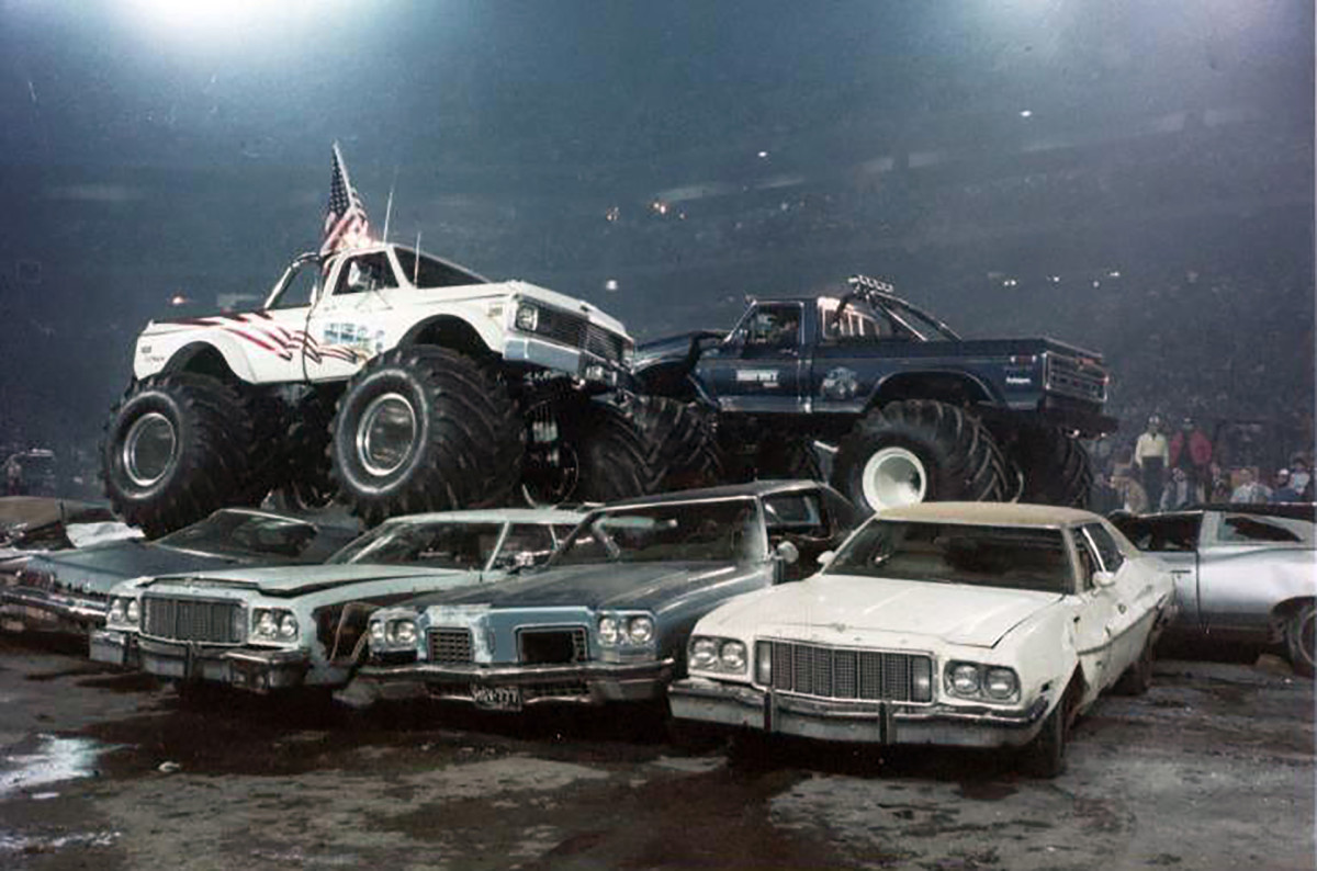 Bigfoot Vs Usa 1 The Birth Of Monster Truck Madness History
