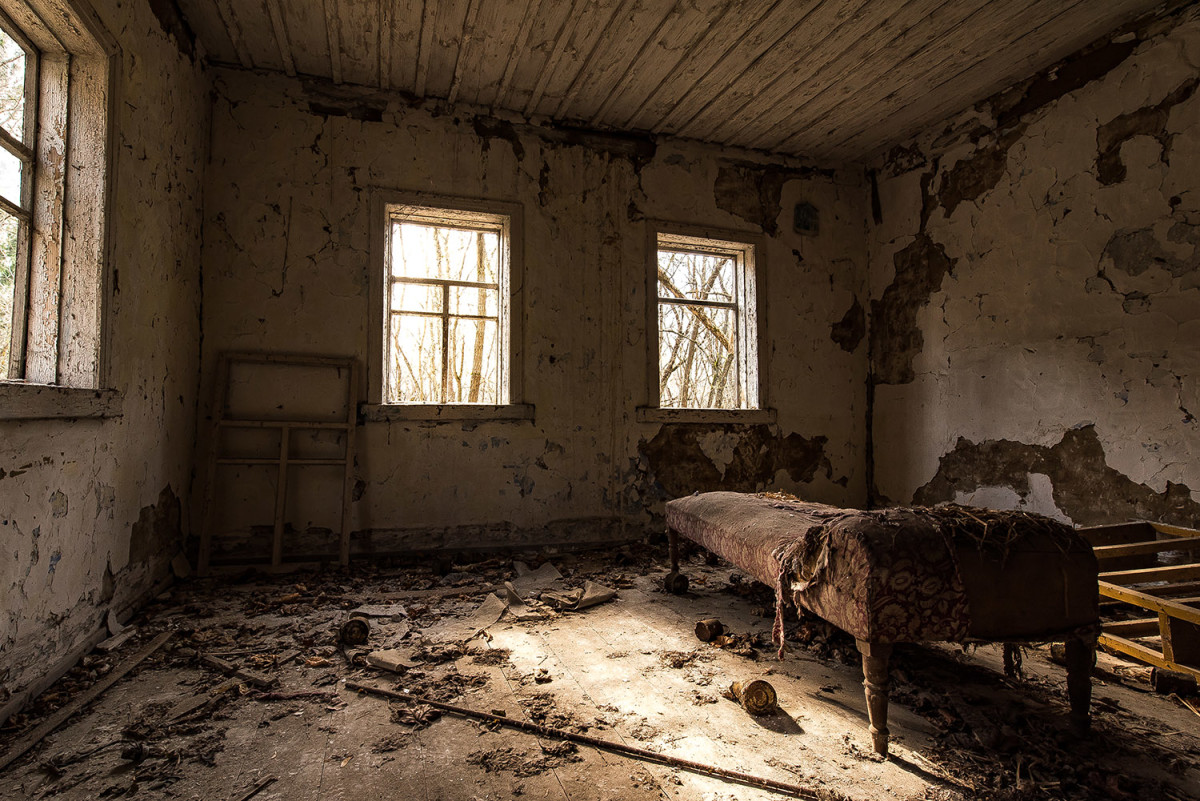 An abandoned bedroom in Pripyat, Ukraine, 2017. (Credit: Andreas Jansen/Barcroft Images/Barcroft Media/Getty Images)
