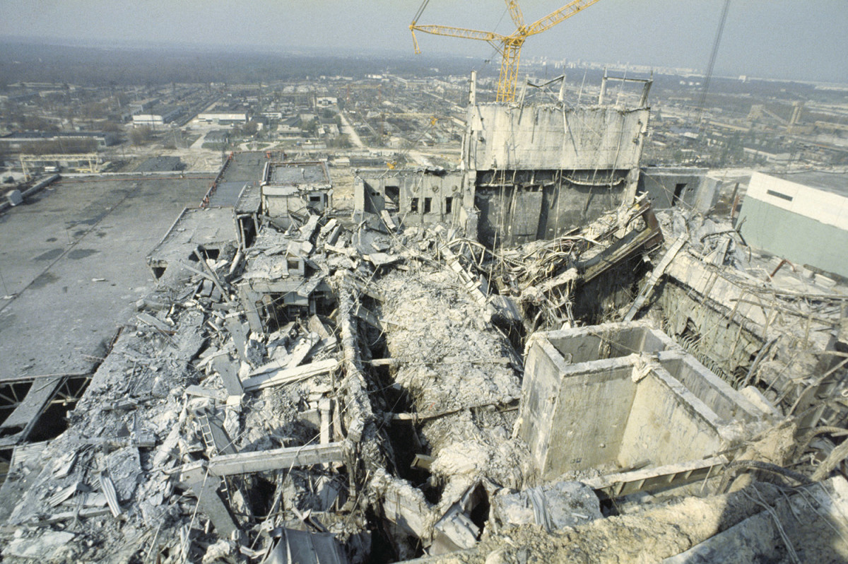 Debris after the nuclear plant explosion. (Credit: Igor Kostin/Sygma/Getty Images)
