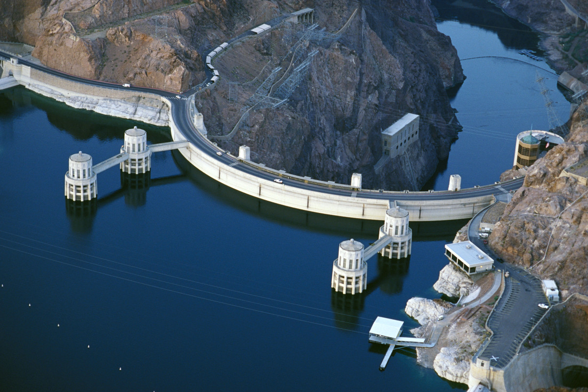 Hoover Dam - HISTORY