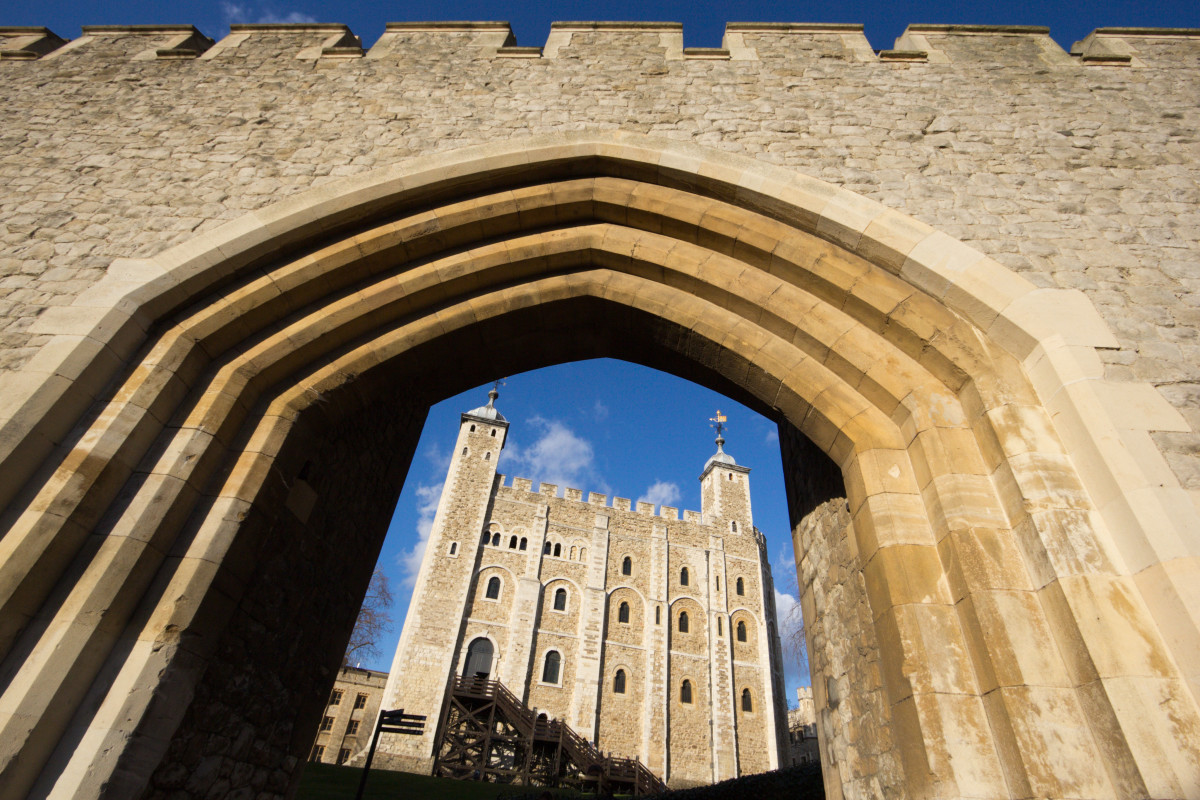 what was the tower of london originally built for