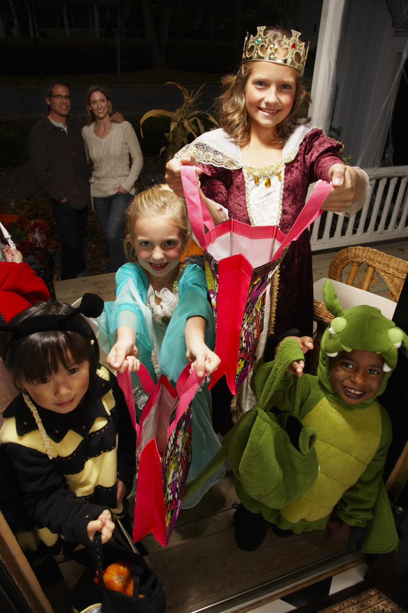 history of trick-or-treating - history