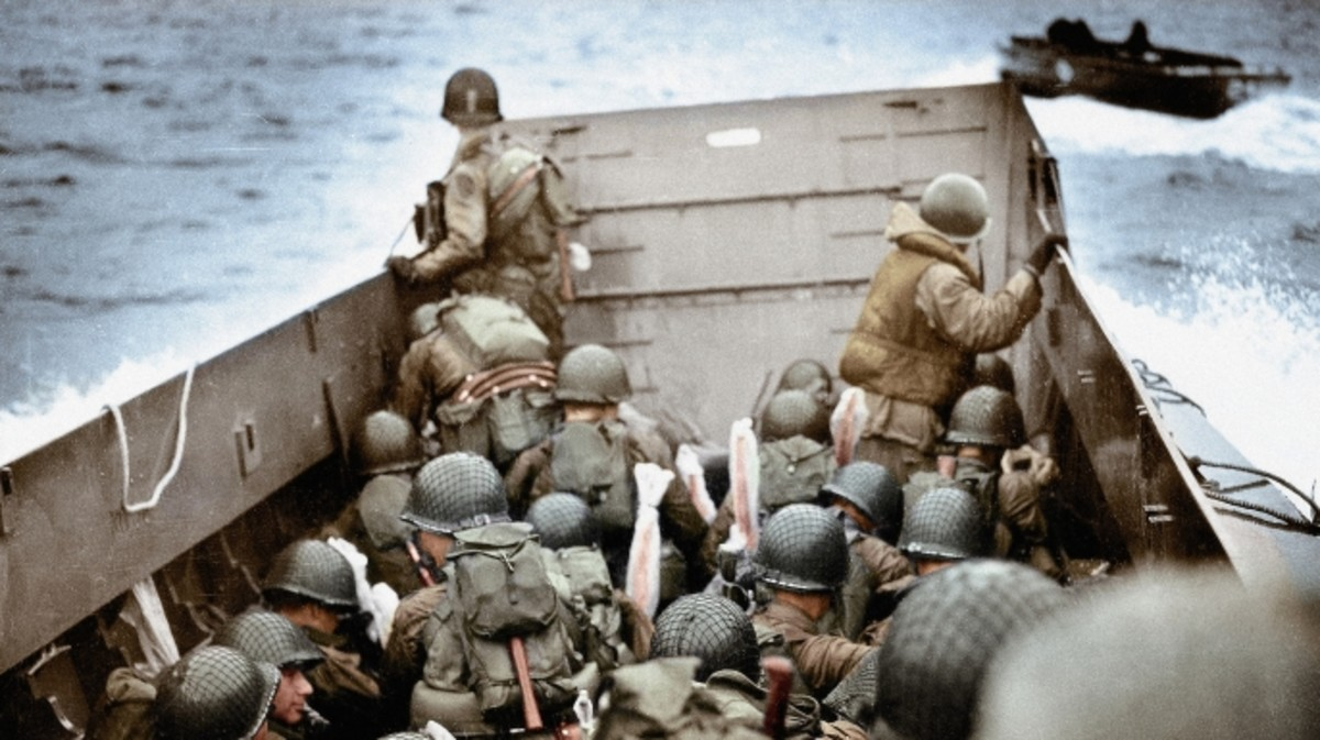 Troops approaching Omaha Beach in Normandy, France, 6th June 1944. These U.S. Army infantry men are amongst the first to attack the German defenses. (Credit: Galerie Bilderwelt/Getty Images)
