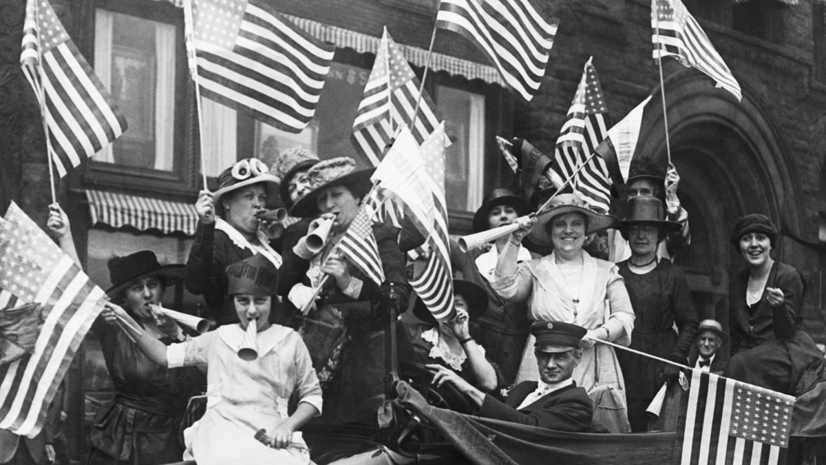 Suffragettes hold a jubilee celebrating their victory after the passing of the 19th Amendment.