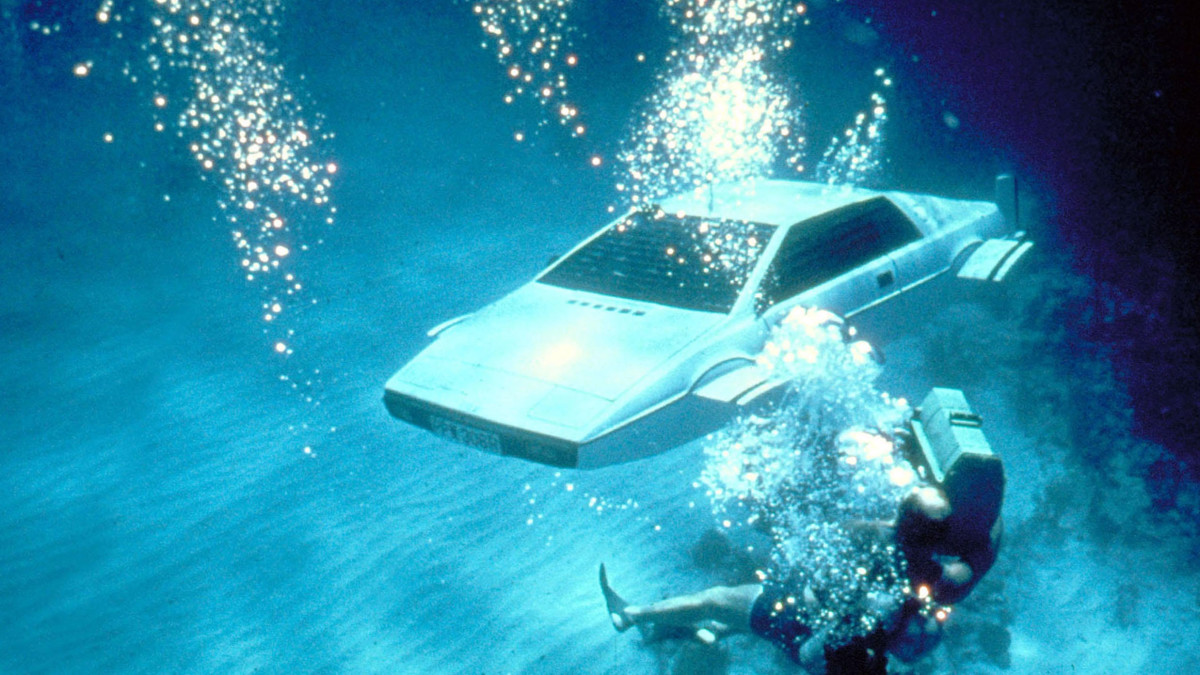 The car in The Spy Who Loved Me being filmed underwater.