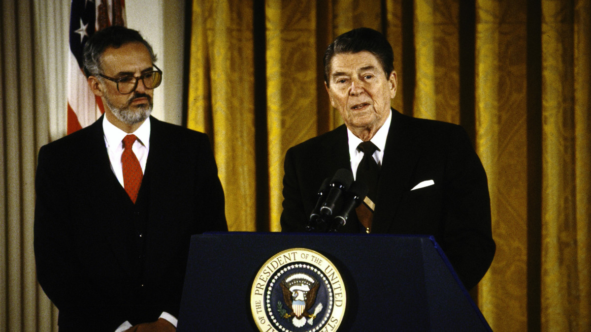 President Reagan (R) holding press conference to introduce his Supreme Court nominee Douglas H. Ginsburg.