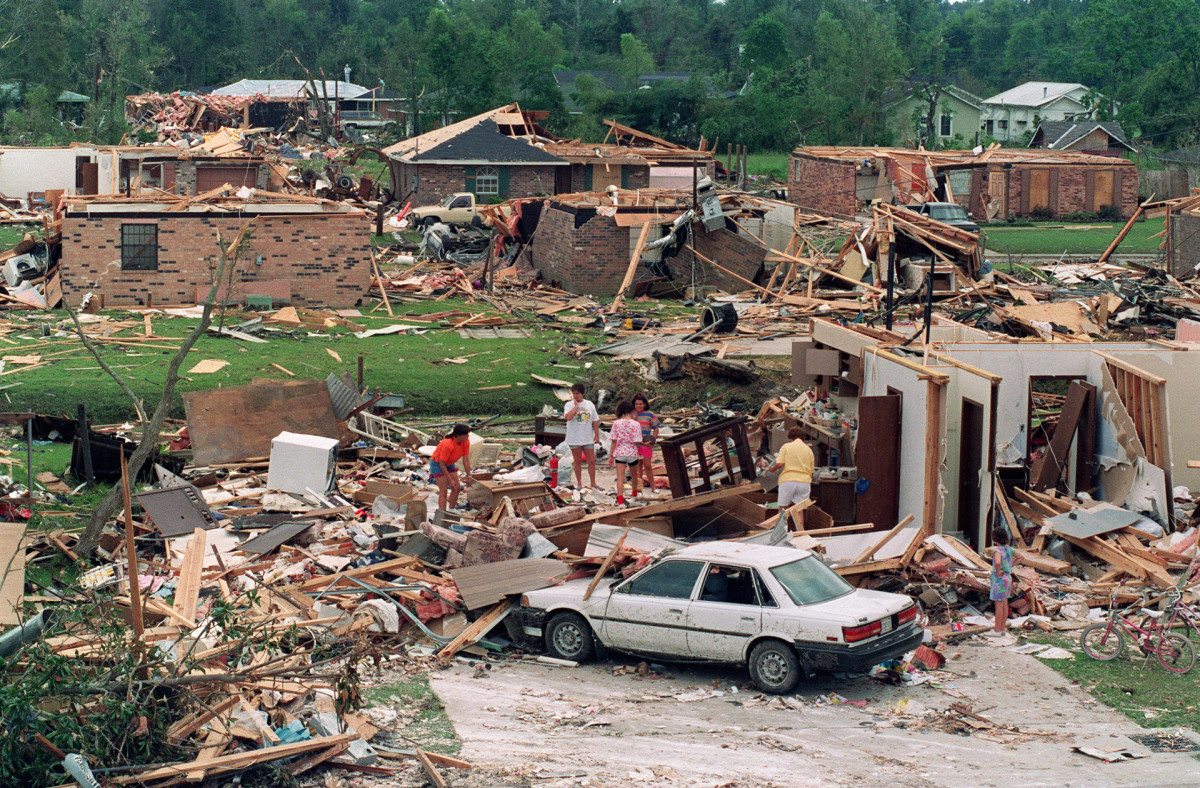 Category 5 Storms That Have Hit the US: Hurricane Andrew