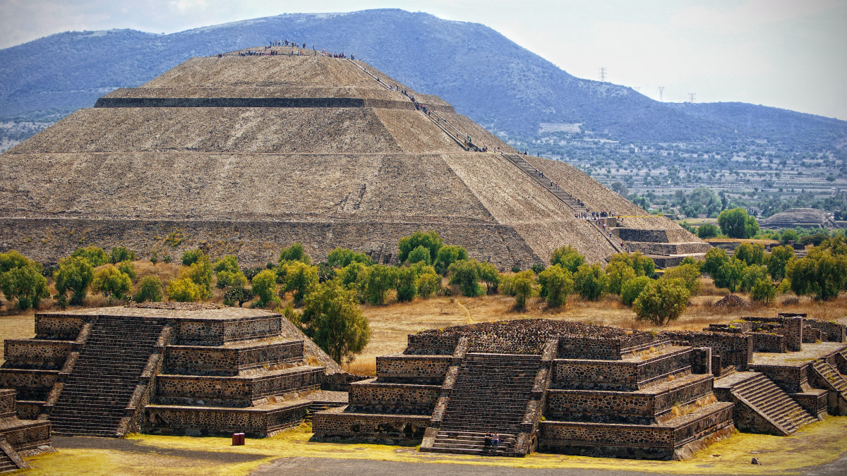 8 Astonishing Ancient Sites in the Americas: Pyramid of the Sun