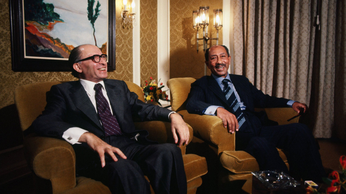 Prime Minister Menachem Begin meeting with Egyptian president Anwar al Sadat at the King David Hotel in Jerusalem, during Sadat's visit to Israel on November 19, 1977.