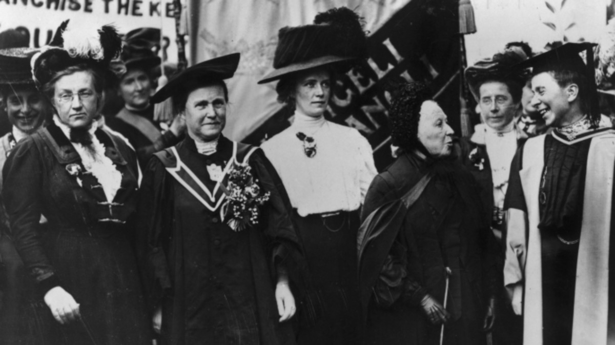 A march of the National Union of Women's Suffrage, 1908. From left to right, Lady Frances Balfour, Millicent Fawcett, Ethel Snowden, Emily Davies and Sophie Bryant.