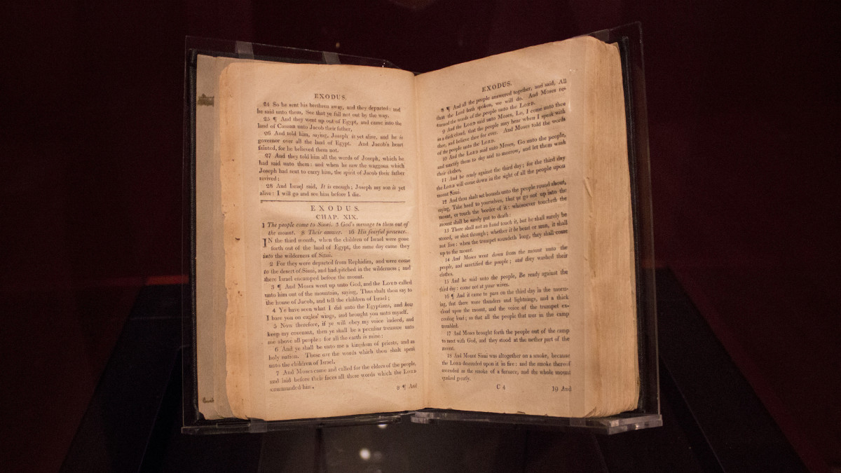Why Bibles Given to Slaves Omitted Most of the Old Testament - HISTORY