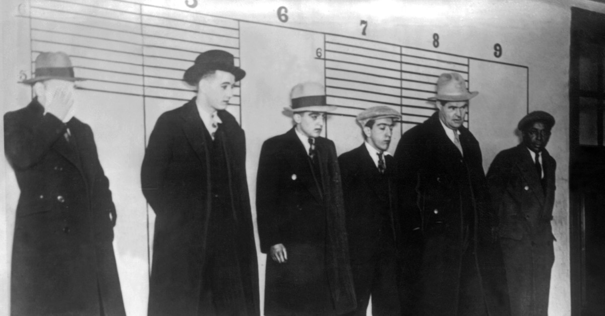 How the Prohibition Era Spurred Organized Crime - HISTORY