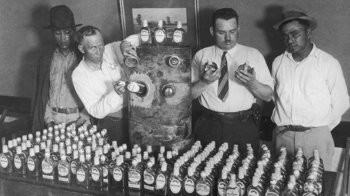 California prohibition agents with a vehicle fuel tank, and 250 bottles of tequila which were hidden in it, which was smuggled into the U.S. from Mexico.