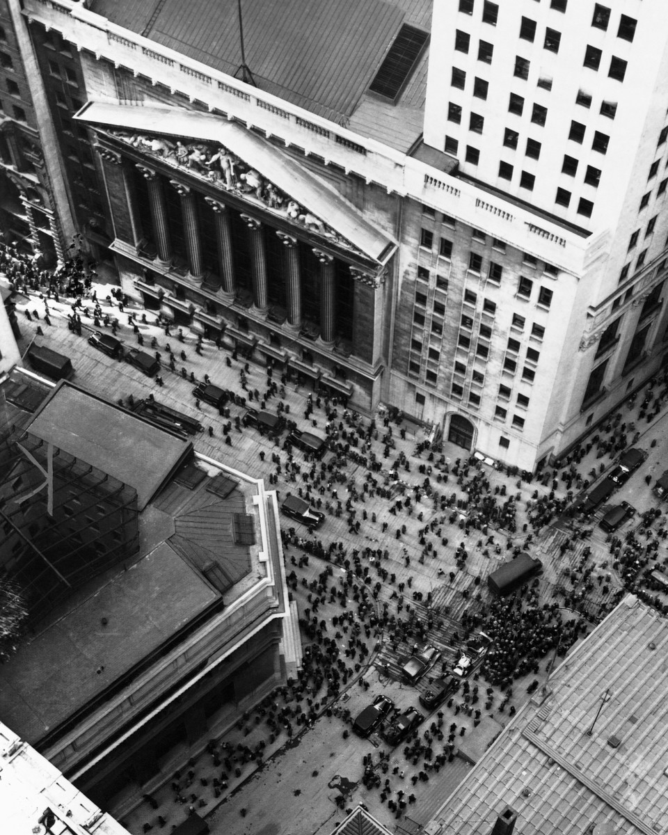 1929 Stock Market Crash: Did Panicked Investors Really Jump