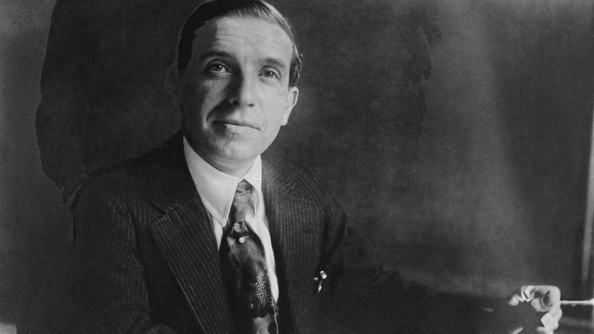 Banker and financial swindler, Charles Ponzi, circa 1920.