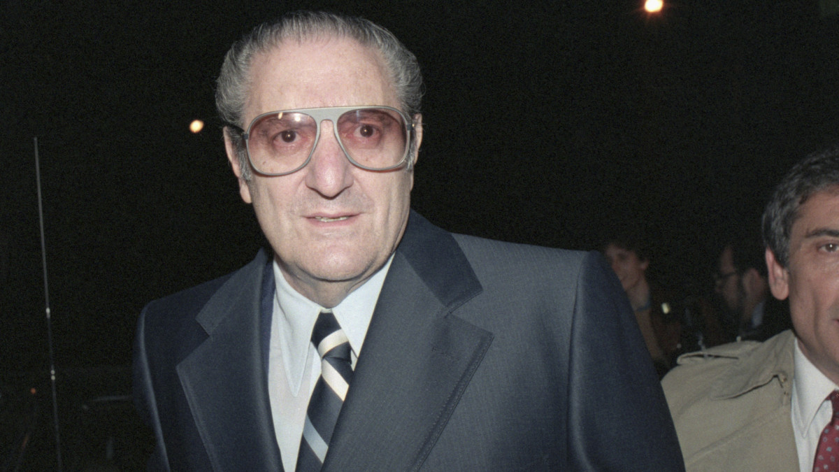 Reputed Mafia bosses Paul Castellano seen leaving Federal Court in February, 1985.