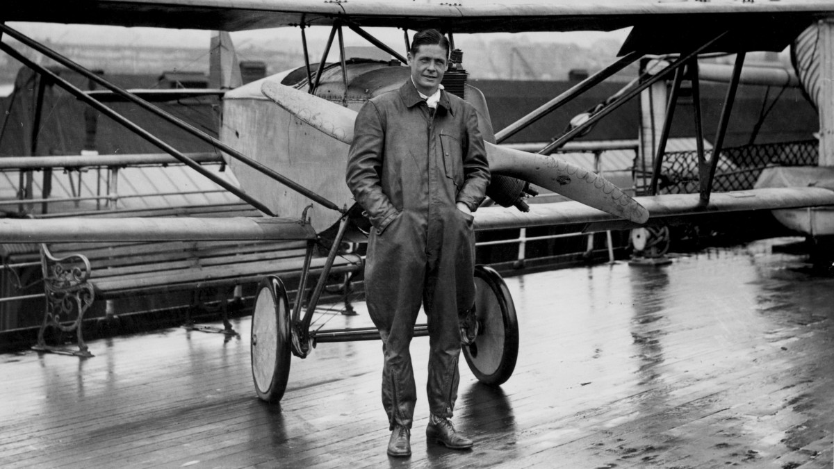 American aviation pioneer Lawrence Sperry (1892 - 1923) with his Sperry Messenger biplane, circa 1923.