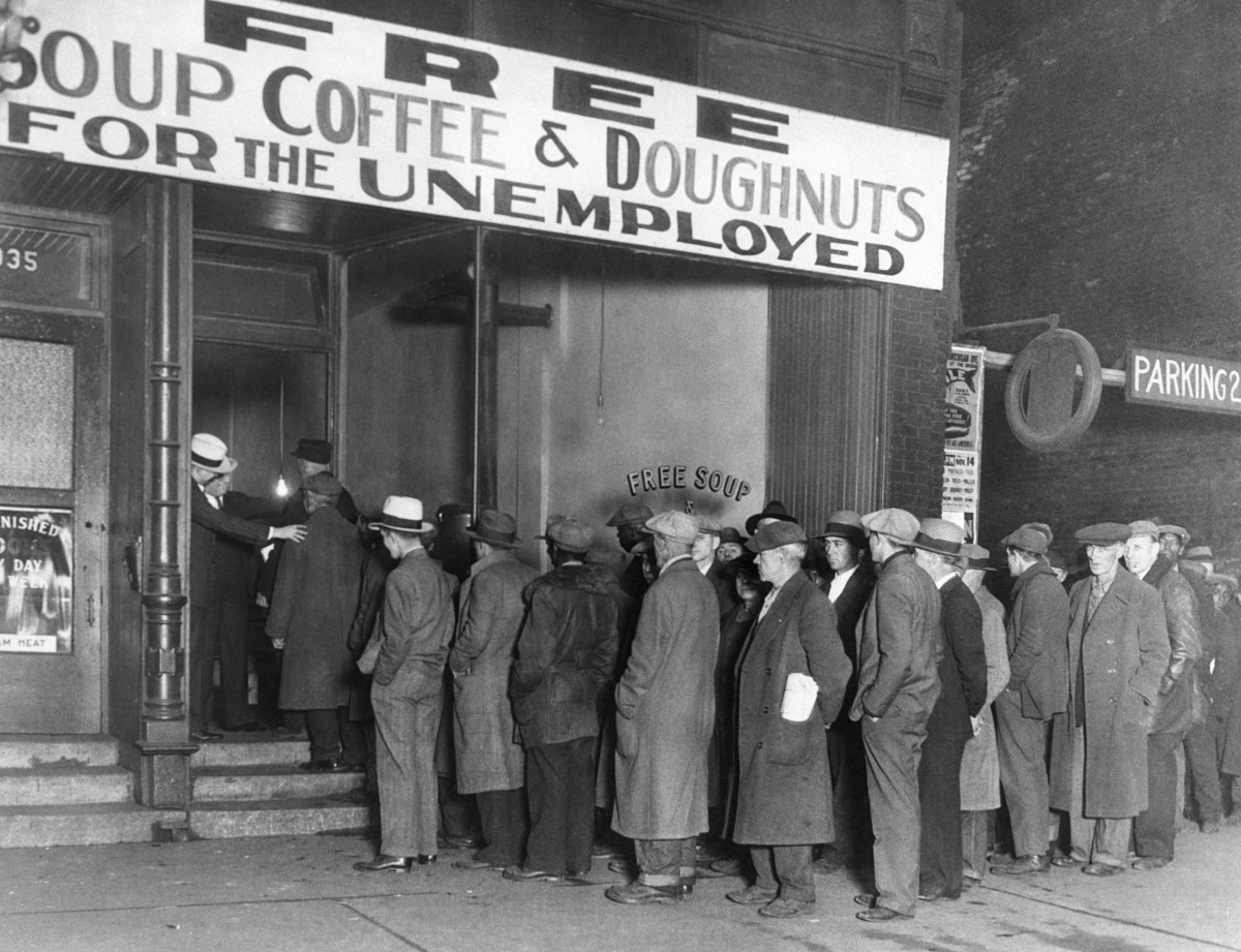 Mobster Al Capone Ran a Soup Kitchen During the Great Depression ...