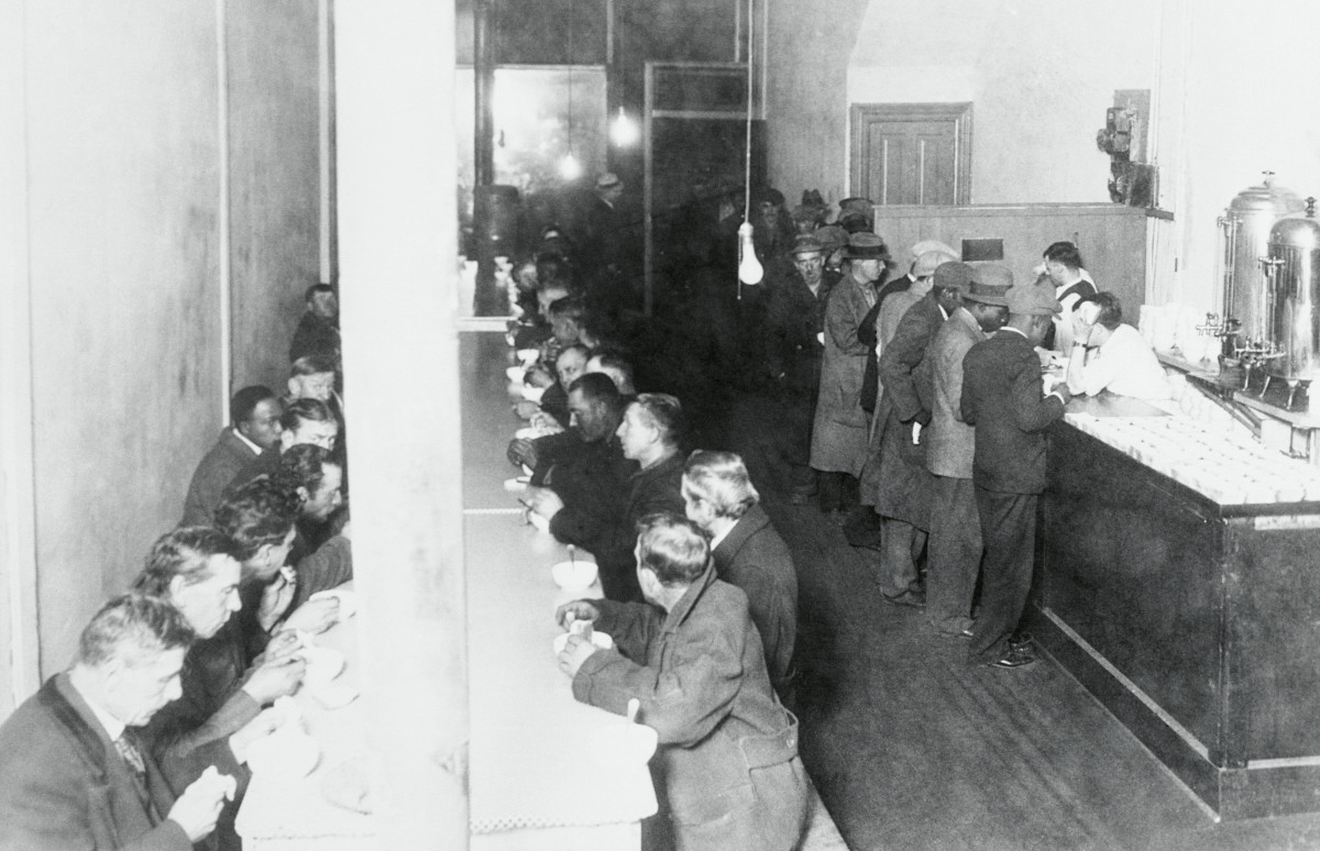 Inside of the soup kitchen run by Capone, circa 1930.