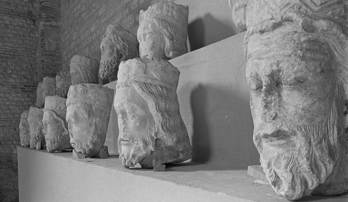 Pieces of the statues of the kings of Judah which adorned the facade of Notre Dame, that had been missing since the French Revolution, shown at a museum in 1977.