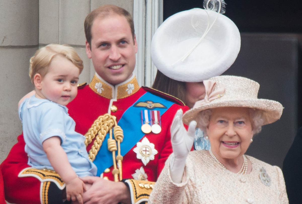 Prince George of Cambridge, Prince William, Duke of Cambridge, Queen Elizabeth II