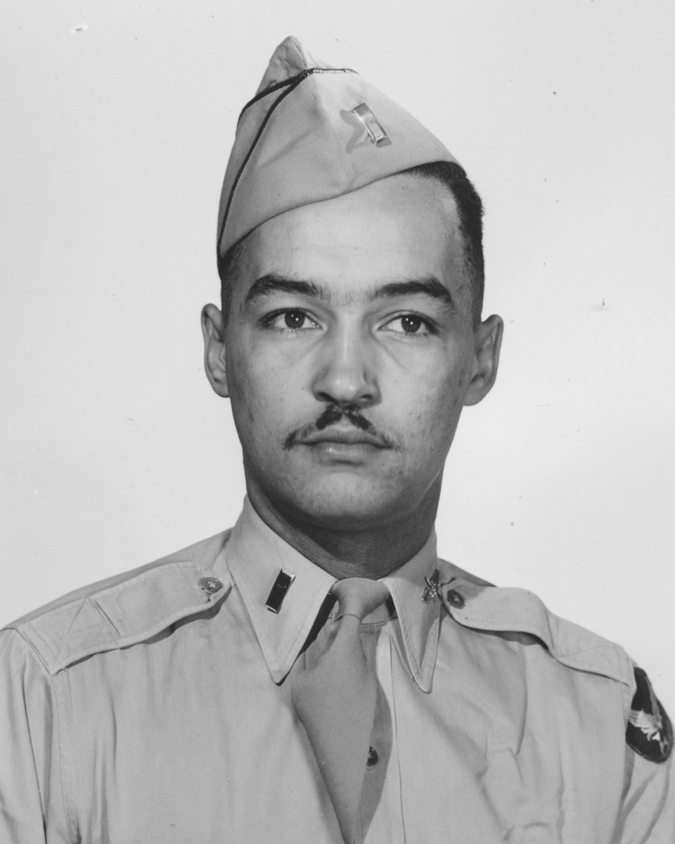 Coleman A. Young, Tuskegee Airmen