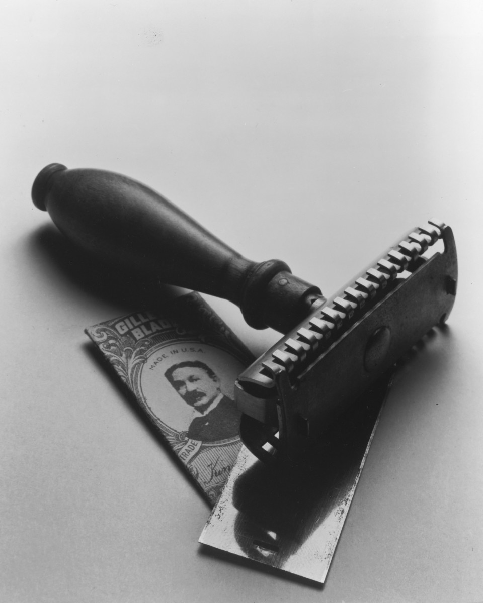 The first safety razor Invented by King Gillette, c. 1901.
