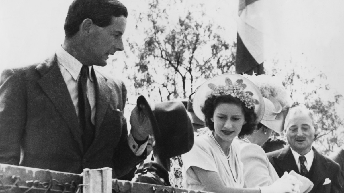 Princess Margaret pictured with Peter Townsend (left) in South Africa during the royal tour, 1947.