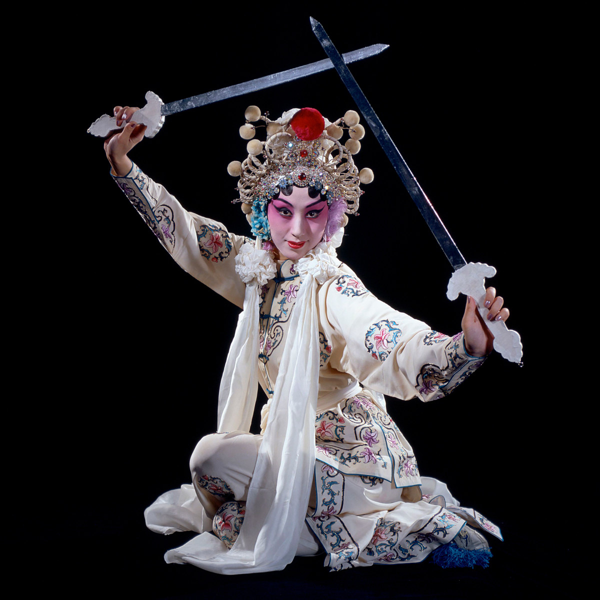 An actress plays the role of the White Snake in Baisha Zhuan (The Legend of White Snake) in a Chinese opera, 2000.